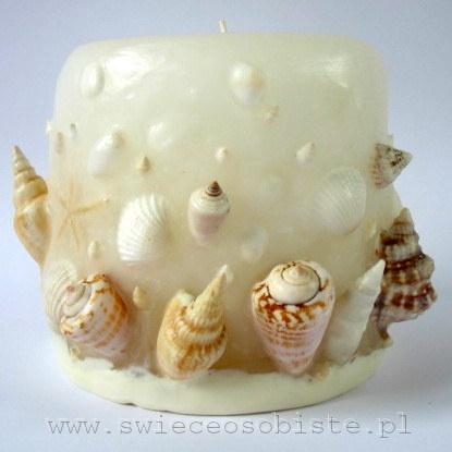 świeca z muszlami, biała, mała