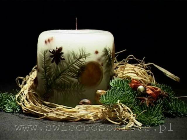 świeca świąteczna ze świerkiem, anyżem, pomarańczą, mała