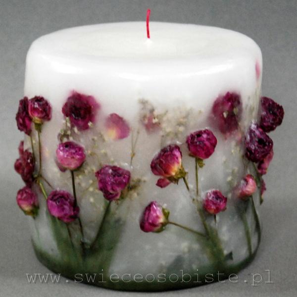 świeca z różowymi różyczkami gałązkowymi, mała
