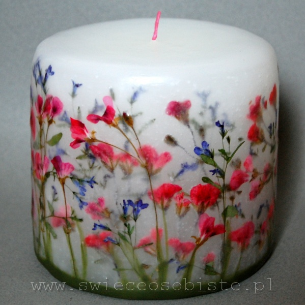 candle with geranium and lobelia, small