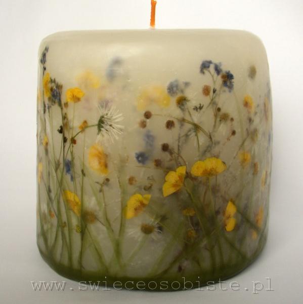 świeca z kwiatkami polnymi, mała