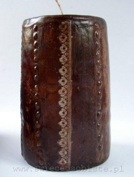 świeca barwiona cynamonem, z ziarnami kawy i koronką, duża