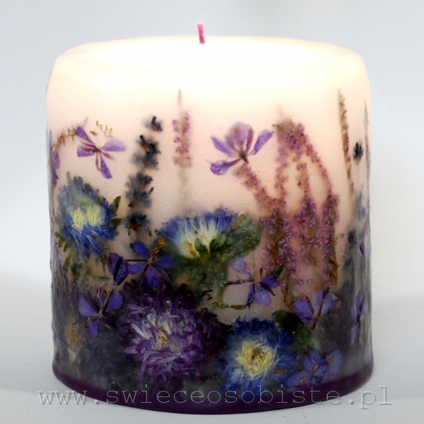 Candle with the violet flowers, small