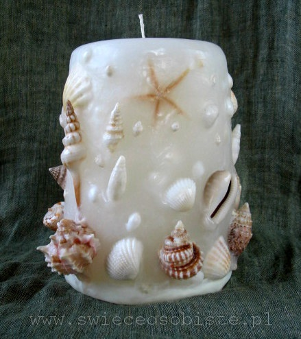świeca z muszlami, biała, duża