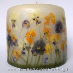candle with colorful pansies, small
