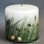 Candle with grass and snail's shells, small