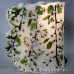 Lampion parafinowy z kwiatami jabłoni i gałązkami, wysokość 25 cm, średnica 17 cm