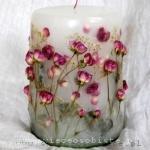 świeca z różowymi różyczkami, duża