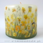 candle with yellow pansies, small